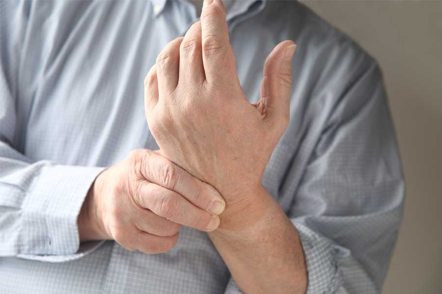 hand therapy improves everyday function
